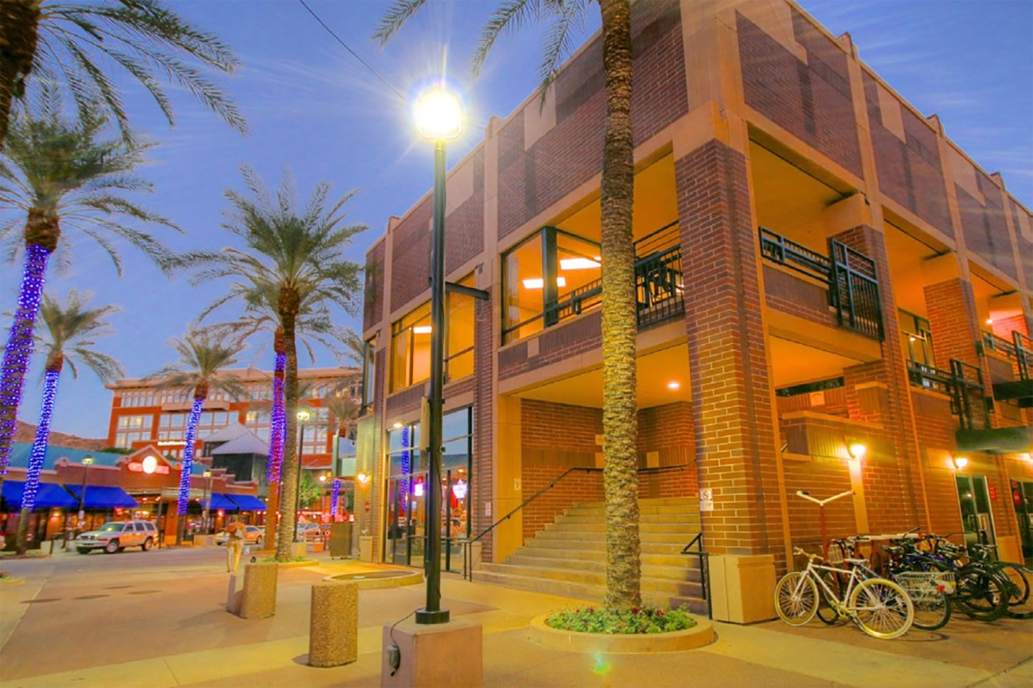 Centerpoint on Mill benefits from student foot traffic at nearby Arizona State University. (CoStar)