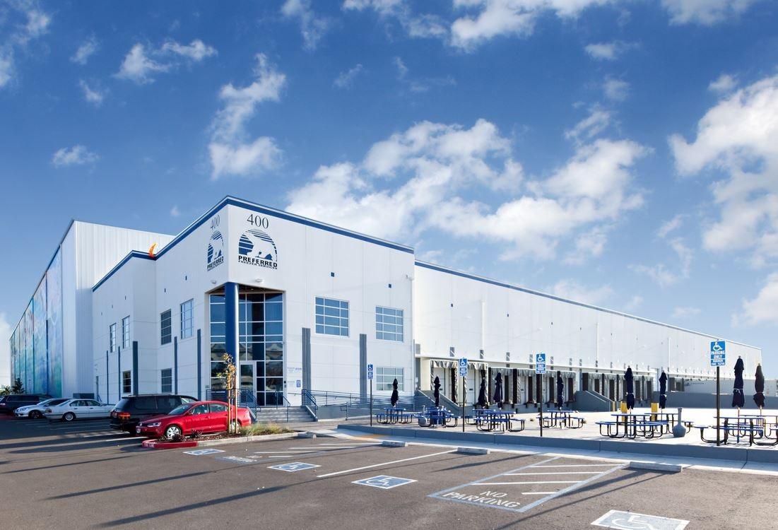 CoStar News - Lineage Logistics Deal for Preferred Freezer Shows