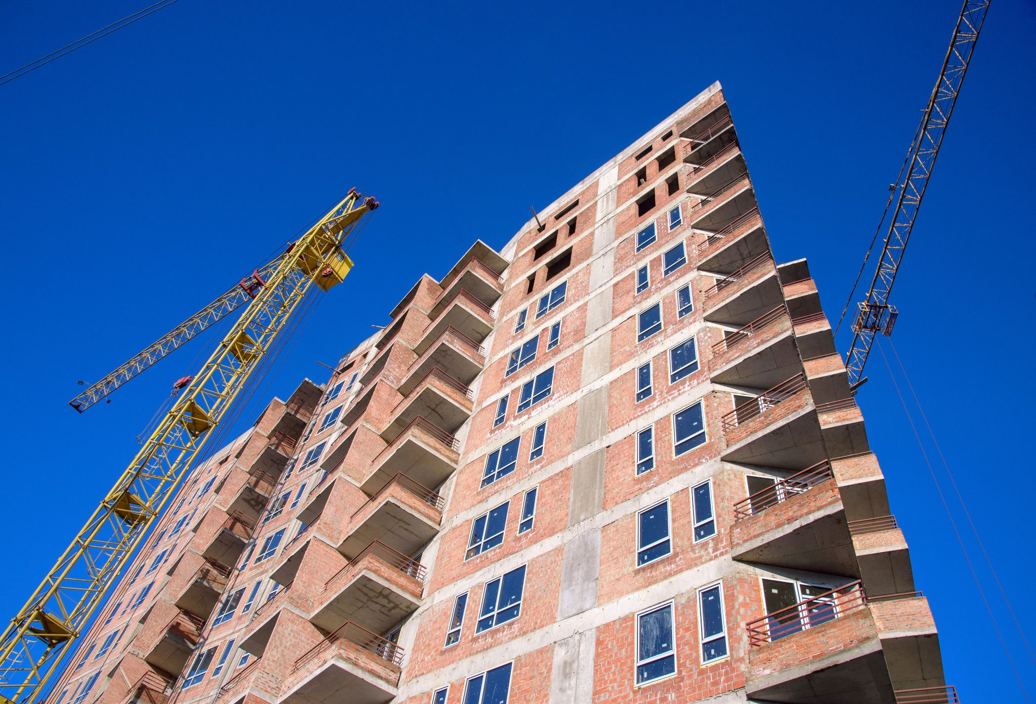 A construction materials shortage caused by the COVID-19 pandemic has plagued the U.S. commercial real estate industry. (iStock)
