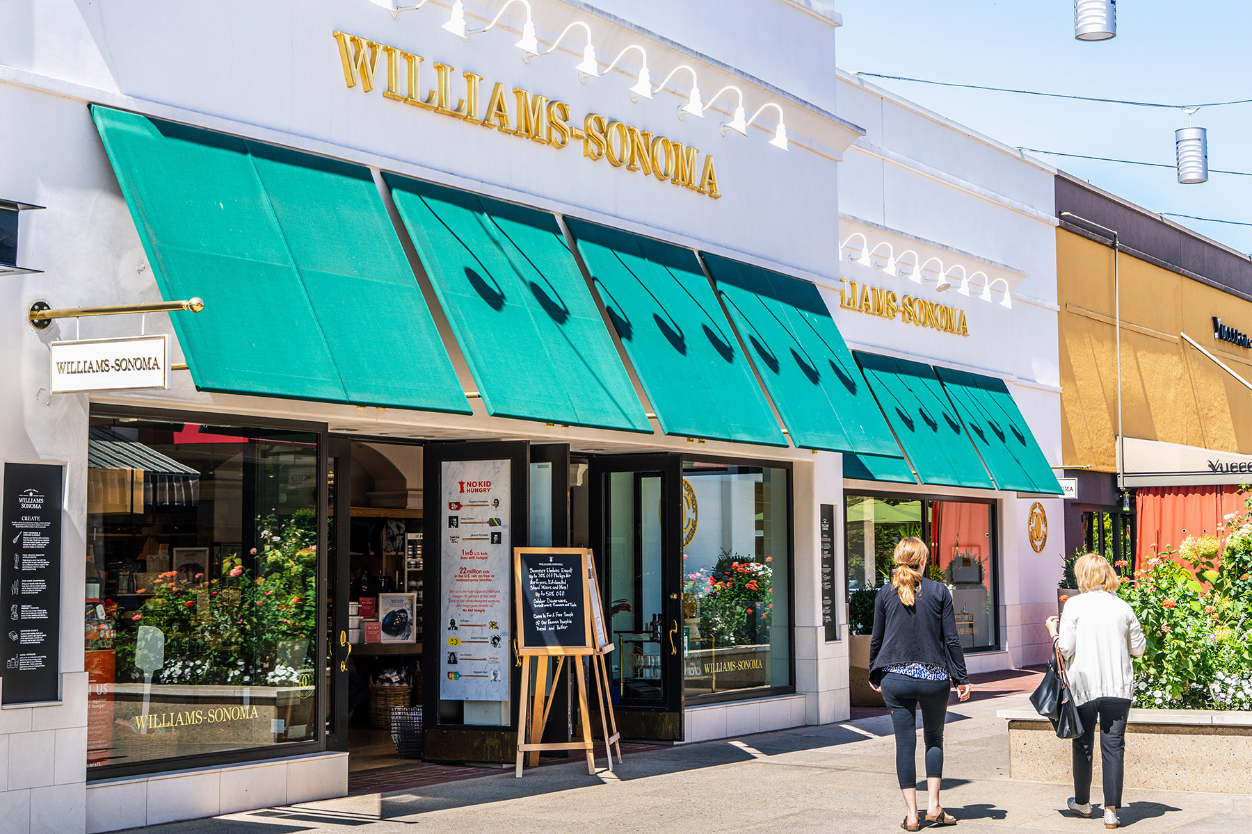 Home furnishings retailer Williams-Sonoma Inc. plans to close up to 25% of its stores, reflecting a widespread shift to e-commerce sales. (Getty Images)