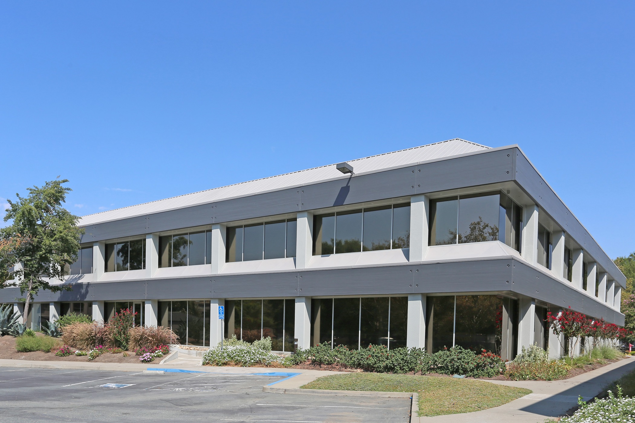 Investment firm Angelo, Gordon & Co. purchased six buildings in the Centre Pointe Business Park last year. (CoStar)