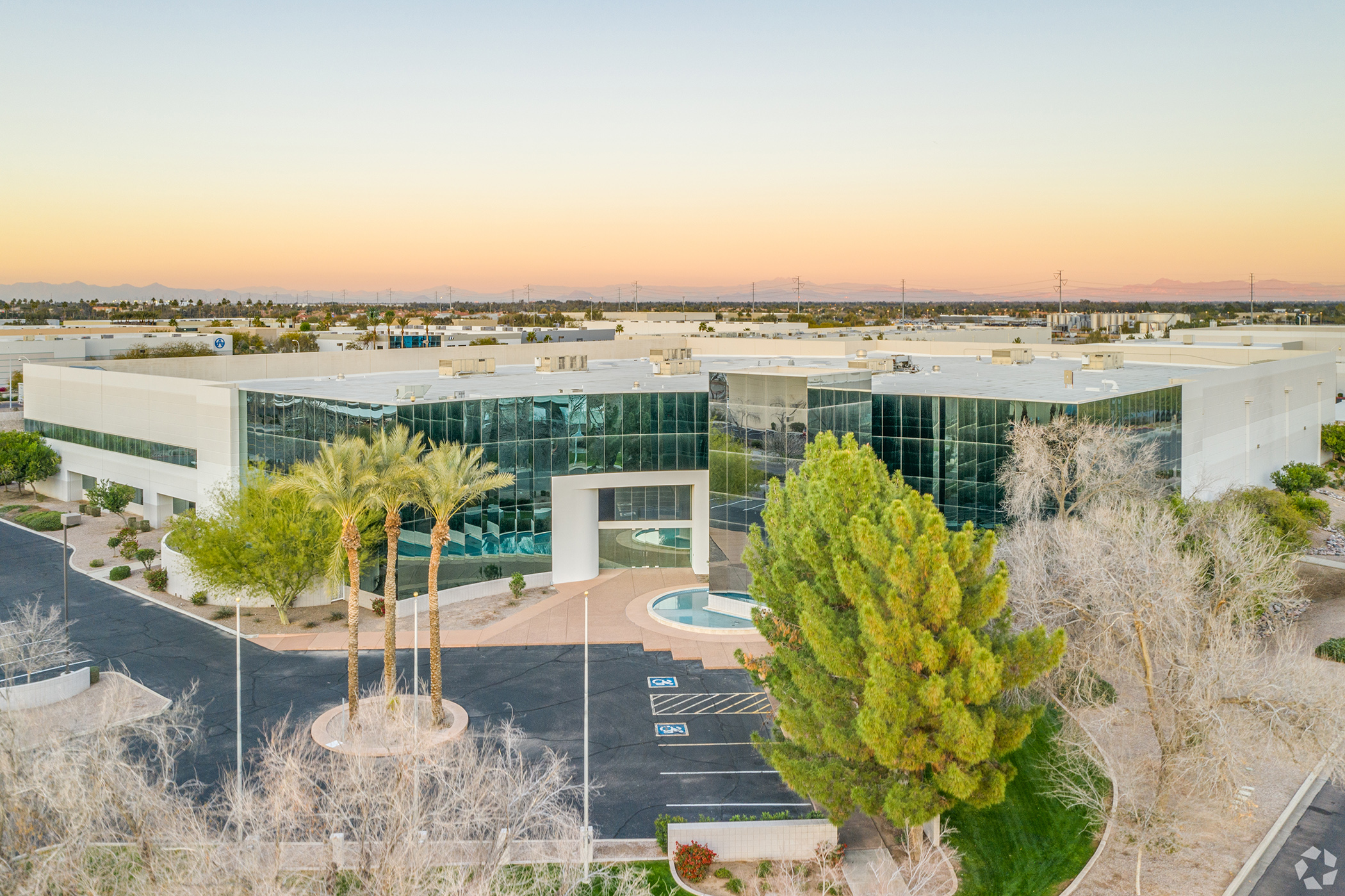 The Chandler Technology Center in the Phoenix suburb of Chandler, Arizona, is part of the portfolio acquired by Equus Capital Partners. (CoStar)