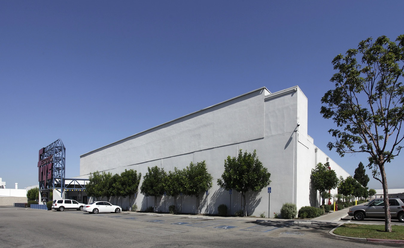 Phenomenal Prologis Buys 12 Acre Frys Electronics Site In Anaheim Beatyapartments Chair Design Images Beatyapartmentscom