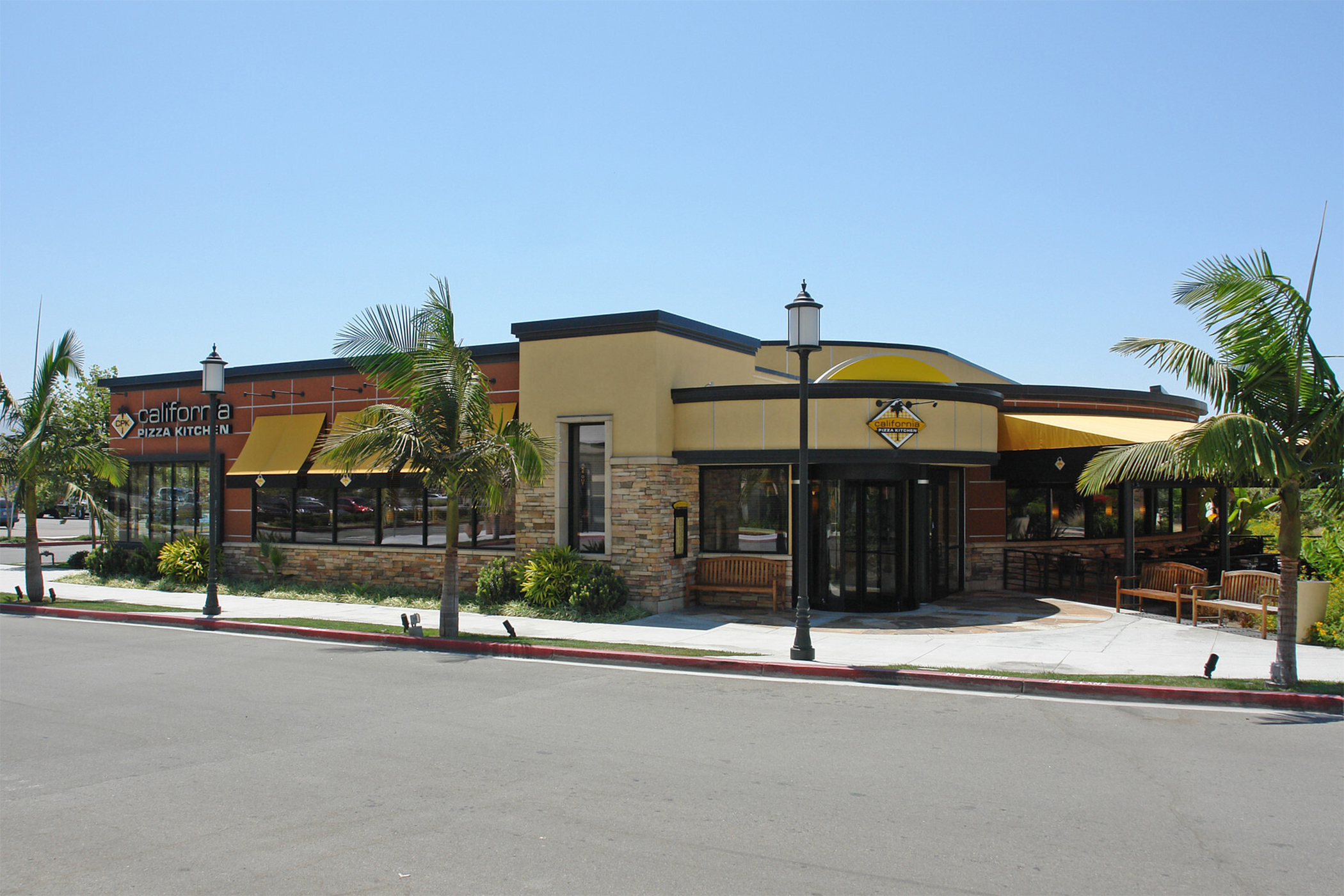 California Pizza Kitchen Moving Headquarters To Orange County S Restaurant Row