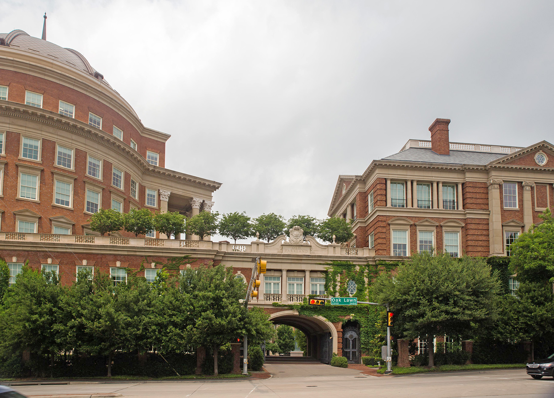 Crow Holdings Capital has its corporate headquarters within the Old Parkland campus in Dallas. (Renelibrary/Wikimedia Commons)