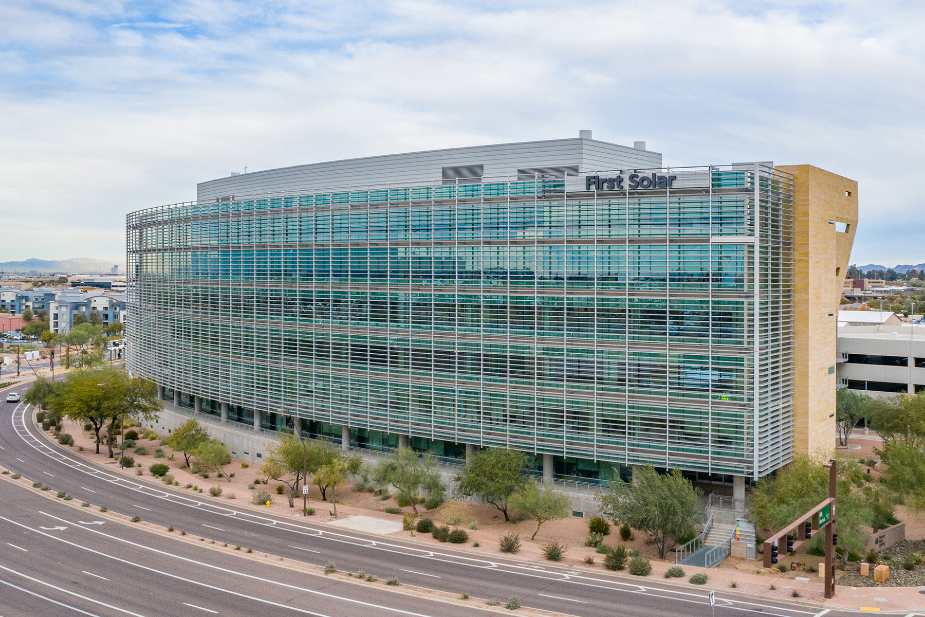 Papago Gateway Center's exterior louver system offers protection from heat and sun. (John Williams/CoStar)