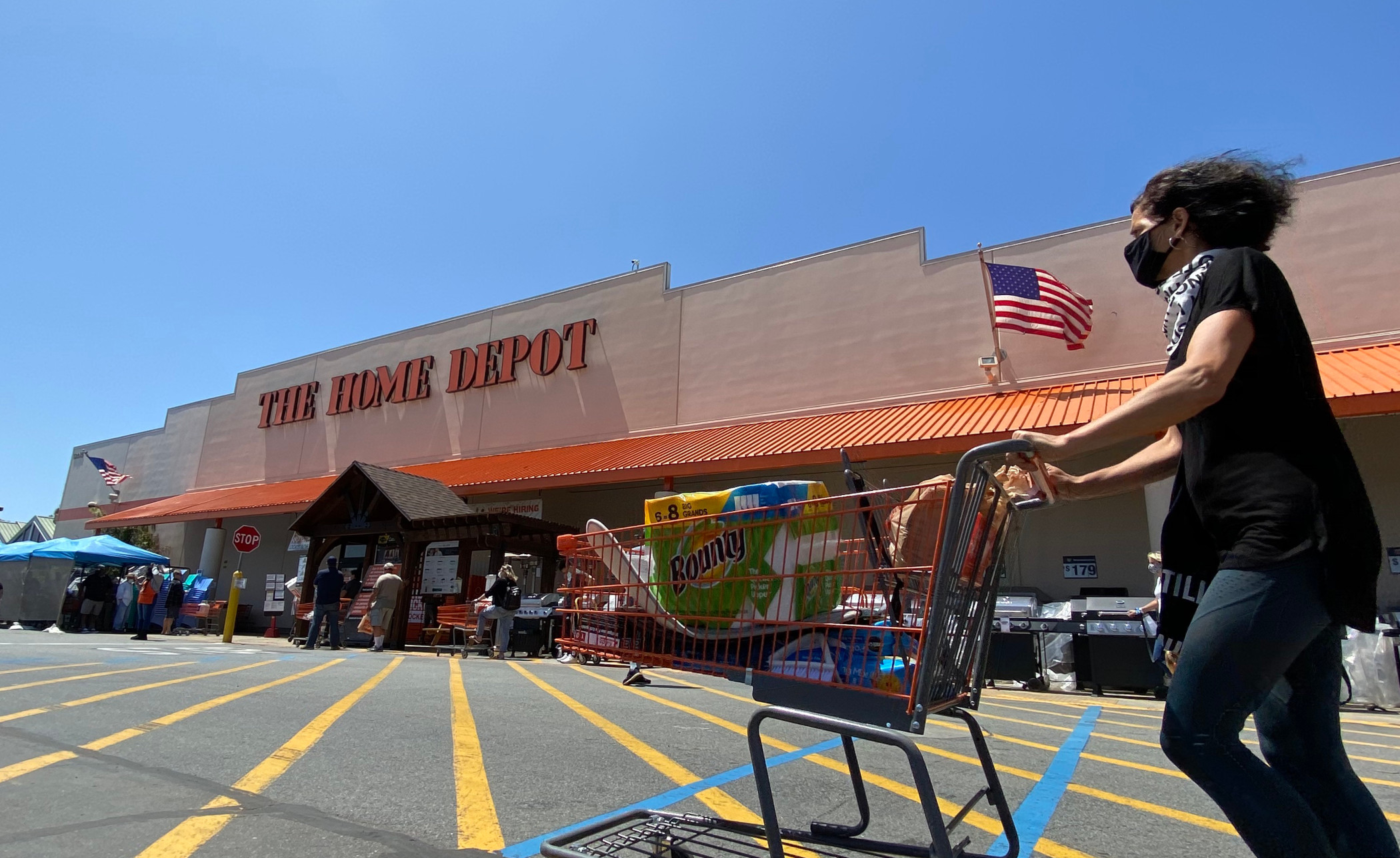 Home Depot was fined for hiring contractors that mishandled lead paint in home renovations. (Getty)