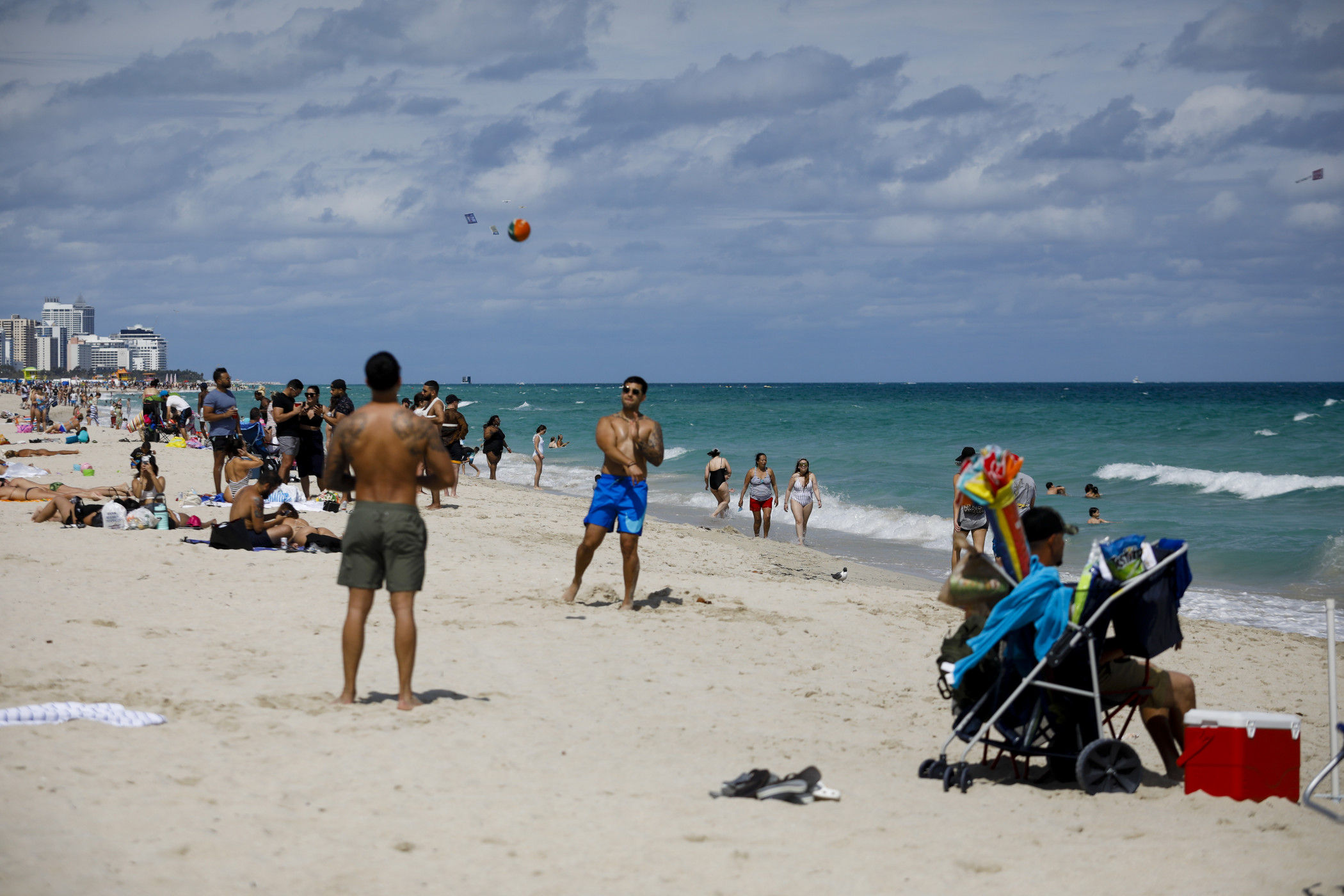 Beaches such as those in Miami helped boost hotel occupancy to another pandemic high. (Getty Images)