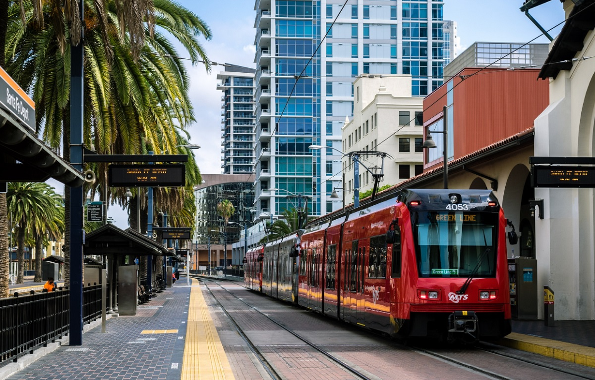 San Diego officials have passed development-related rule changes aimed at boosting affordable multifamily housing along transit corridors. Photo: Toshi, via flickr