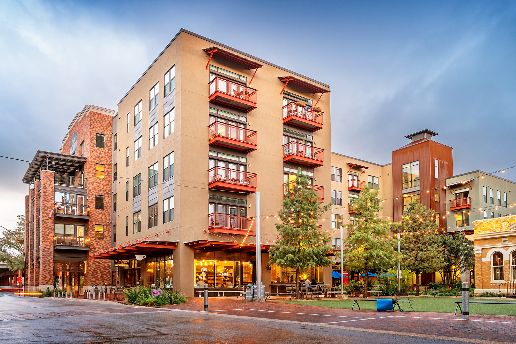 Commercial real estate deal volume is getting fueled by lending for the construction of apartments across the country. Pictured are new condos in the Pearl District of San Antonio, Texas. (iStock)