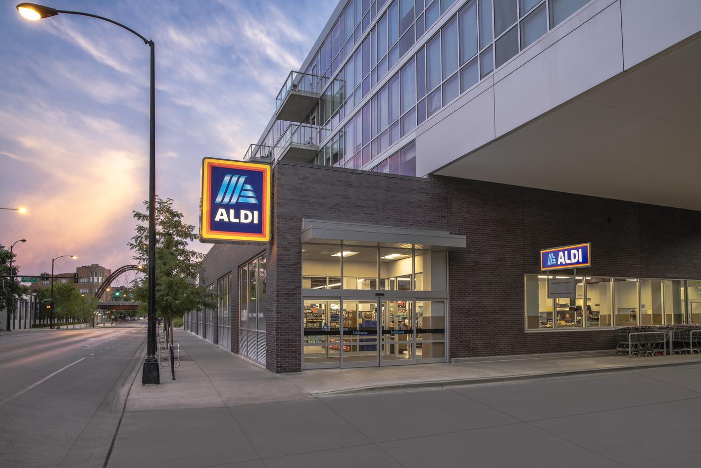 An Aldi storefront in Chicago's Logan Square neighborhood. (Courtesy Aldi)