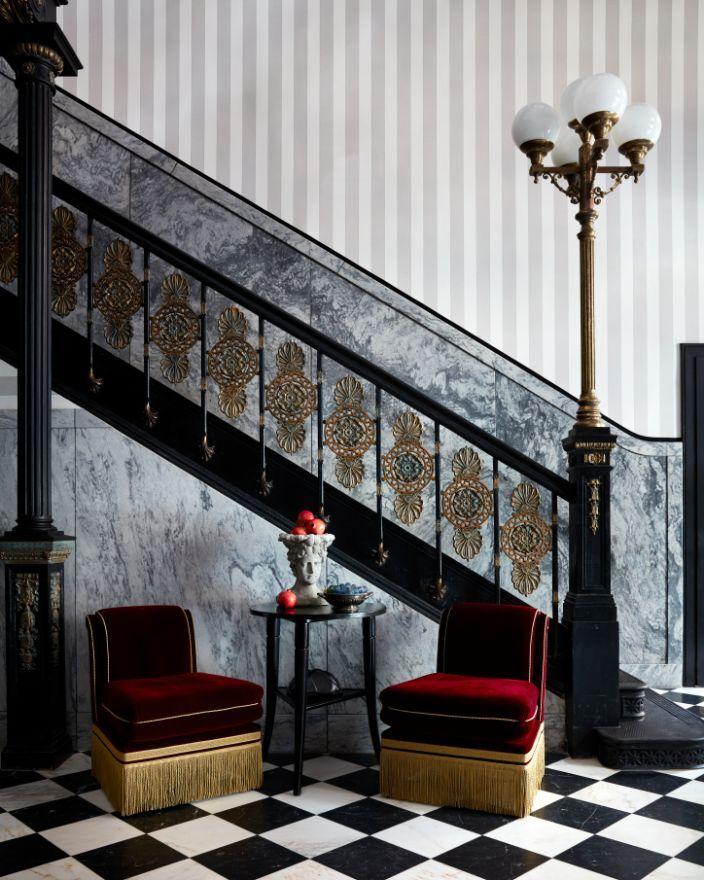 Maison de la Luz_Foyer_Stephen Kent Johnson_06 (1).jpg